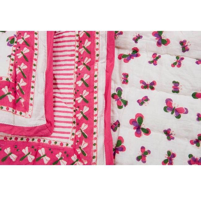 d coration linge de lit couverture matelass e papillons roses rose milk. Black Bedroom Furniture Sets. Home Design Ideas