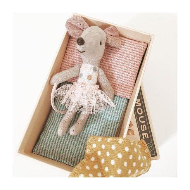 maileg petite souris danceuse avec tutu dans sa boite. Black Bedroom Furniture Sets. Home Design Ideas