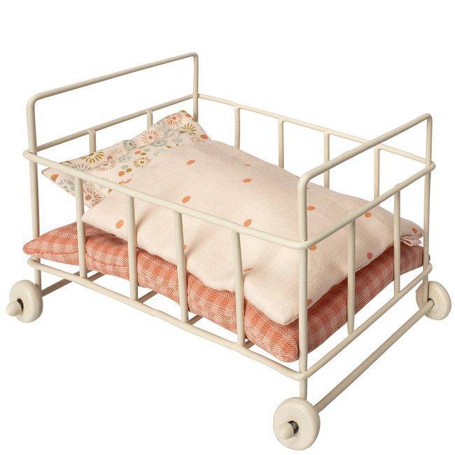 maileg lit b b en m tal barreaux pour lapins micro. Black Bedroom Furniture Sets. Home Design Ideas